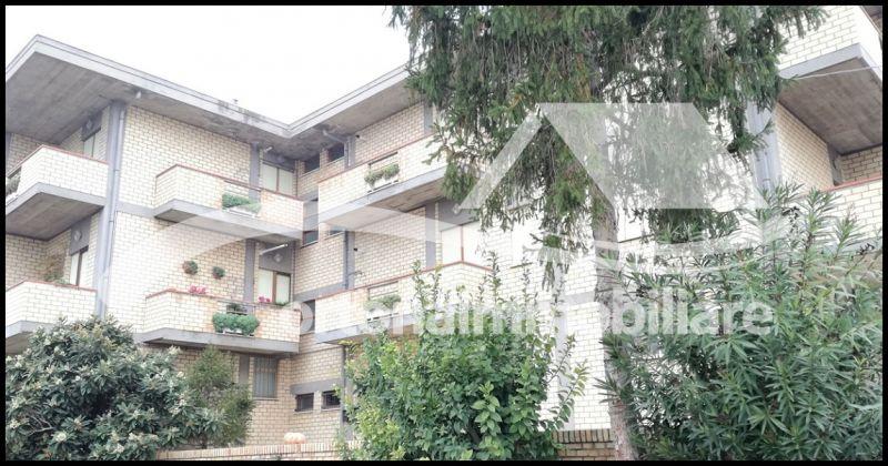 Ortonaimmobiliare - Продажа квартиры с мансардой в престижном доме Джулиано Театрино