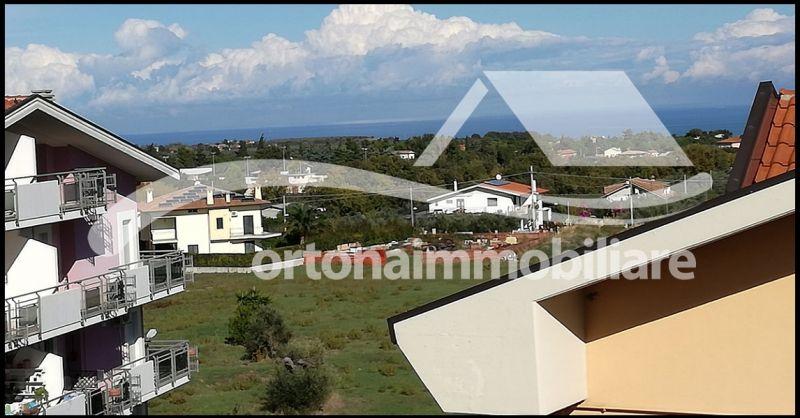 Ortonaimmobiliare - Продажа квартиры с мансардой и панорамным видом на холм Джулиано Театрино