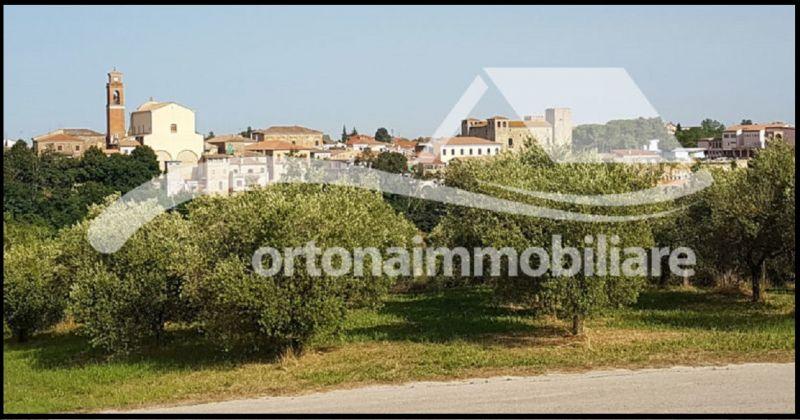 Продажа фермерского дома в очаровательной деревне Борго с панорамным видом, Италия